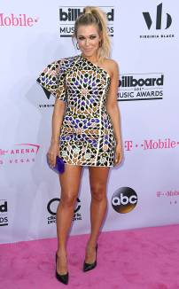 rs_634x1024-170521210403-634.Rachel-Platten-Billboard-Music-Awards-Las-Vegas.kg.052117