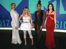 rs_1024x759-170827170611-1024.fifth-harmony-mtv-vma