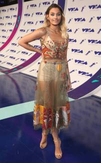 rs_634x1024-170827162025-634-paris-jackson-mtv-vma
