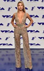 rs_634x1024-170827172521-634-hailey-baldwin-mtv-vma