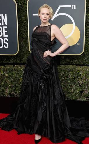rs_634x1024-180107163518-634-Gwendoline-Christie-red-carpet-fashion-2018-golden-globe-awards-