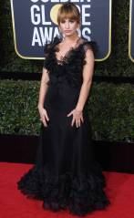 rs_634x1024-180107165841-634-red-carpet-fashion-2018-golden-globe-awards-lily-james