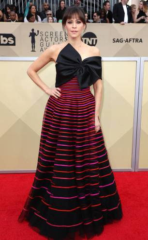 rs_634x1024-180121153019-634-red-carpet-fashion-2018-SAG-awards-Jackie-Tohn