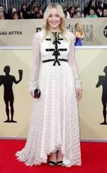rs_634x1024-180121153240-634-abbie-cornish-red-carpet-fashion-2018-SAG-awards