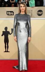 rs_634x1024-180121160004-634-red-carpet-fashion-2018-SAG-awards-Natalie-Zea