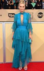 rs_634x1024-180121165133-634-red-carpet-fashion-2018-SAG-awards-molly-sims.ct.012118