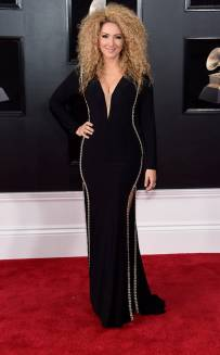 rs_634x1024-180128143907-634-red-carpet-fashion-2018-grammy-awards-Erika-Ender