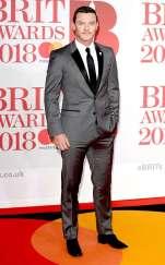 rs_634x1024-180221102307-634-luke-evans-2018-brit-awards