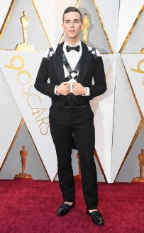 rs_634x1024-180304142119-634-adam-rippon-2018-oscars-academy-awards