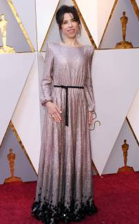 rs_634x1024-180304164219-634-sally-hawkins-stone-2018-oscars-academy-awards