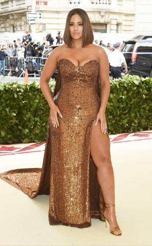 rs_634x1024-180507161542-634-2018-MET-gala-ashley-graham
