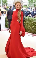 rs_634x1024-180507164110-634.amber-heard-met-gala-2018-arrivals.ct.050718