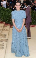 rs_634x1024-180507164816-634.rooney-mara-met-gala-2018-arrivals.ct.050718