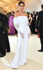 rs_634x1024-180507170810-634.Kendall-Jenner-Off-White-Met-Gala-2018-Arrivals