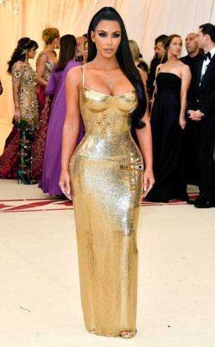 rs_634x1024-180507173921-634.Kim-KardashianMet-Gala-2018-Arrivals