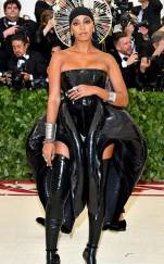 rs_634x1024-180507174356-634.solange-knowles-met-gala-2018-arrivals.ct.050718