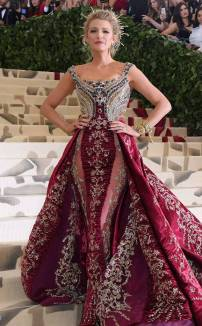rs_634x1024-180507181011-634.Blake-Lively-Met-Gala-2018-Arrivals