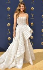 rs_634x1024-180917162103-634-2018-emmy-awards-red-carpet-fashion-jessica-biel