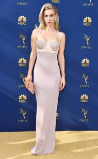 rs_634x1024-180917165337-634-2018-emmy-awards-red-carpet-fashion-vanessa-kirby