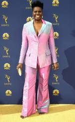 rs_634x1024-180917171109-634-leslie-jones-2018-emmy-awards-red-carpet-fashion
