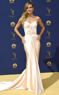rs_732x1182-180917153356-rs_634x1024-180917145349-634-2018-emmy-awards-red-carpet-fashion-heidi-klum.cm.91718