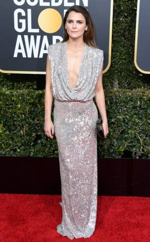 rs_634x1024-190106161933-634-2019-golden-globes-red-carpet-fashions-keri-russell