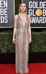 rs_634x1024-190106173233-634-saoirse-ronan-2019-golden_globes-red-carpet-fashions.ct.010619