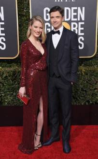 rs_634x1024-190106175426-634-ashley-hinshaw-topher-grace-golden-globes-2019-me-010619