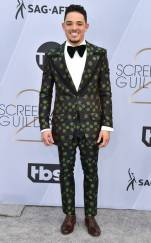 rs_634x1024-190127153947-634-2019-sag-awards-red-carpet-fashions-anthony-ramos