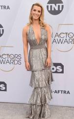 rs_634x1024-190127154539-634-2019-sag-awards-red-carpet-fashions-betty-gilpin