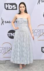 rs_634x1024-190127162522-634-2019-sag-awards-red-carpet-fashions-rachel-brosnahan.cm.12719