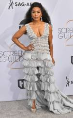rs_634x1024-190127165721-634-2019-sag-awards-red-carpet-fashions-angela-bassett
