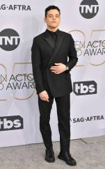 rs_634x1024-190127170626-634-2019-sag-awards-red-carpet-fashions-rami-malek.cm.12719