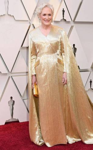 rs_634x1024-190224155430-634.glenn-close-2019-oscar-academy-awards-red-carpet-fashions.ct.022419