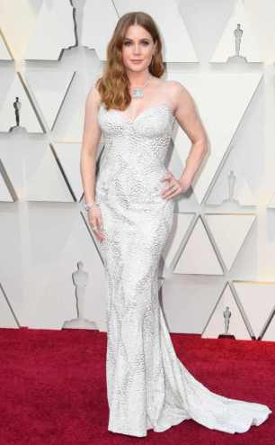 rs_634x1024-190224160157-634-2019-oscar-academy-awards-red-carpet-fashions-amy-adams