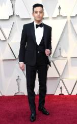 rs_634x1024-190224163914-634-2019-oscar-academy-awards-red-carpet-fashions-rami-malek.cm.22419