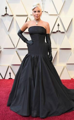 rs_634x1024-190224164214-634-2019-oscar-academy-awards-red-carpet-fashions-lady-gaga
