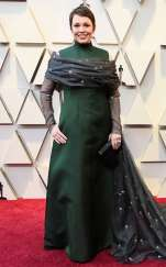 rs_634x1024-190224164717-634-2019-oscar-academy-awards-red-carpet-fashions-olivia-coleman.cm.22519