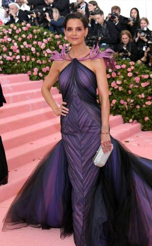 rs_634x1024-190506174045-634-katie-holmes-2019-met-gala-red-carpet-fashions