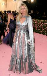 rs_634x1024-190506174819-634-kate-moss-2019-met-gala-red-carpet-fashions
