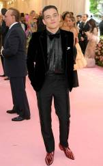 rs_634x1024-190506183915-634.rami-malek-2019-met-gala-red-carpet-fashions.ct.050619