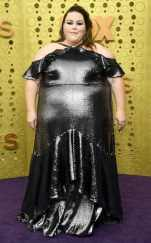 rs_634x1024-190922160428-634-chrissy-metz-2019-Emmy-Awards-red-carpet-fashion