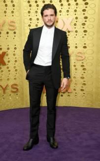 rs_634x1024-190922161437-634-2019-Emmy-Awards-red-carpet-fashion-kit-harington-me-92219
