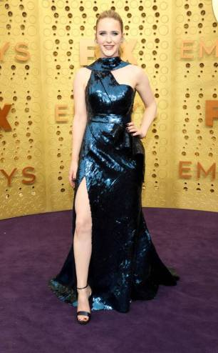 rs_634x1024-190922163101-634-2019-Emmy-Awards-red-carpet-fashion-rachel-brosnahan-me-92219