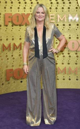 rs_634x1024-190922163730-634-amy-poehler-2019-Emmy-Awards-red-carpet-fashion