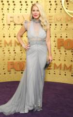 rs_634x1024-190922164400-634-christina-applegate-2019-Emmy-Awards-red-carpet-fashion