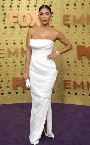 rs_634x1024-190922165616-634-Nicole-Scherzinger-2019-Emmy-Awards-2019-Emmys-Red-Carpet-Fashion