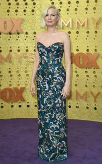 rs_634x1024-190922170103-634-2019-Emmy-Awards-red-carpet-Michelle-williamsfashion-