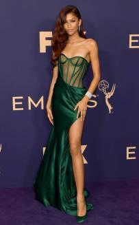 rs_634x1024-190923115900-634-2019-Emmy-Awards-red-carpet-fashion-zendaya